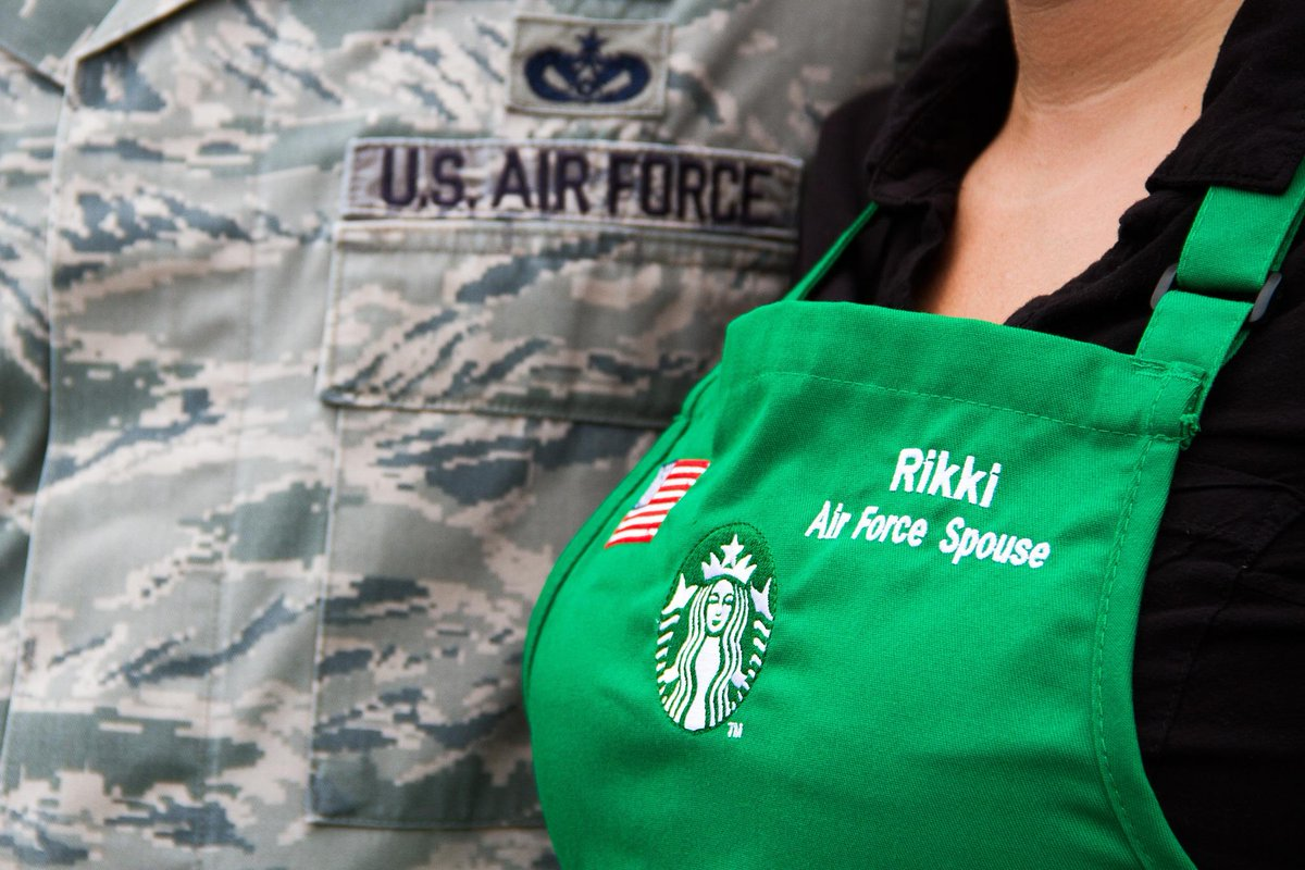 Veterans & military spouses come in & enjoy a free tall brewed coffee on Veterans Day—Nov 11. Participating US stores http://t.co/wJSo1tnsiY