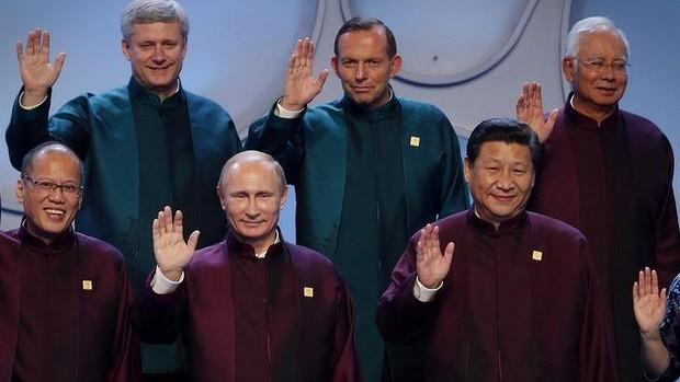 World's Worst Star Trek Spin-Off http://t.co/kT2bHL3GzV