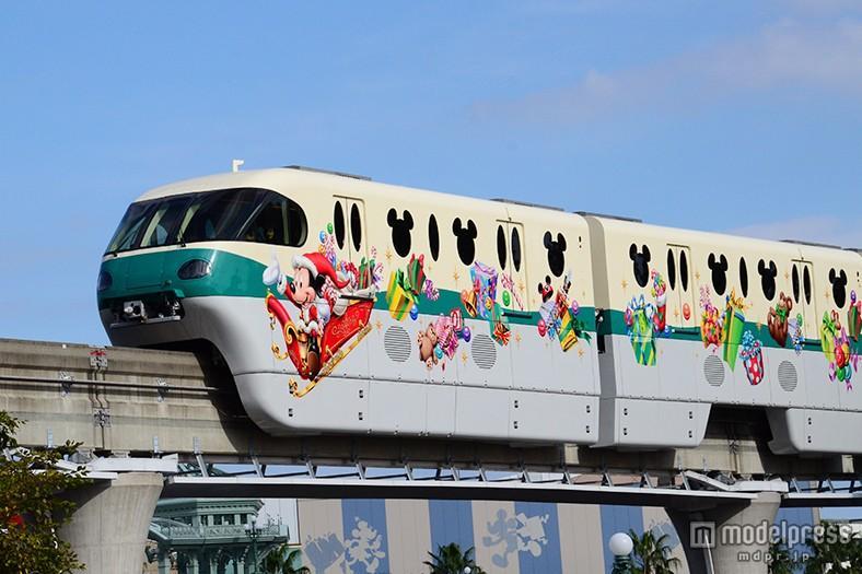 ディズニー、クリスマス限定ラッピングライナー 今年初仕様のつり革も mdpr.jp/disney/1445345 #ディズニー #TDR #ディズニークリスマスライナー pic.twitter.com/hJGH8mXaTG