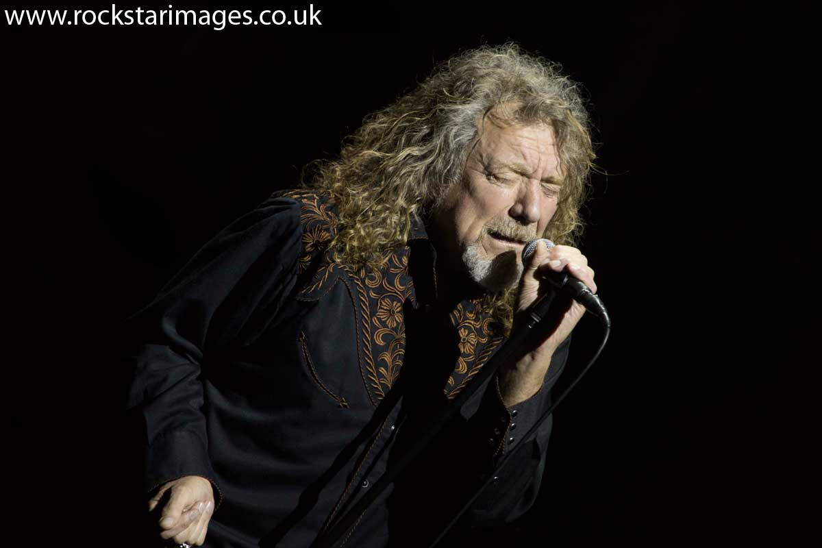 Did you see @RobertPlant at @o2academybmouth last night? here's our review and pix: http://t.co/fpQ1asvz4F http://t.co/I4ZZBPHeOP