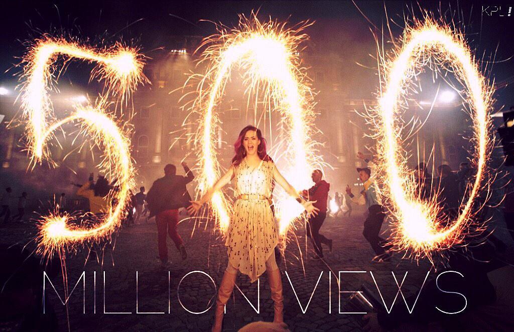 Videoclip » Firework (+700M visitas) - Página 4 B2JCnJtCYAEJeRW