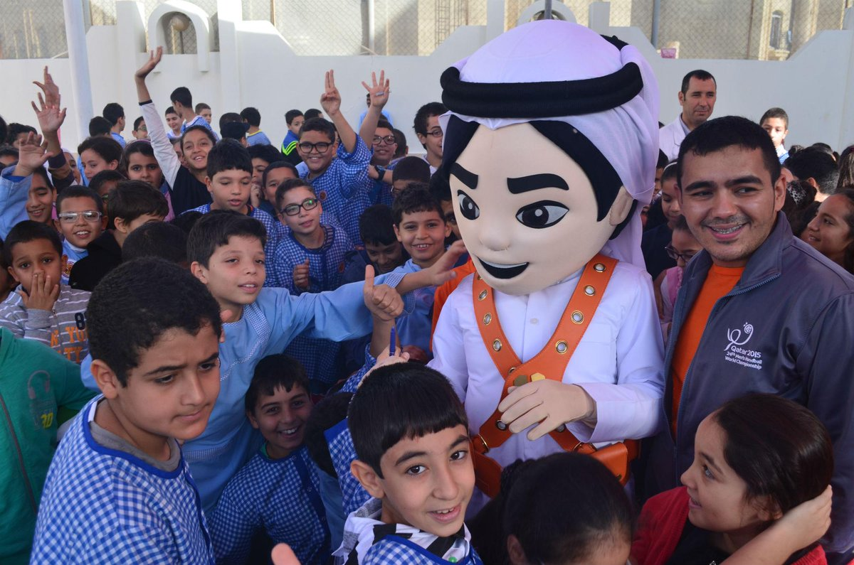 Check out the photos from my visit to the Tunisian School of #Doha. I had so much fun! #Fahed http://t.co/1U8HPXkple http://t.co/wZyaIik14g