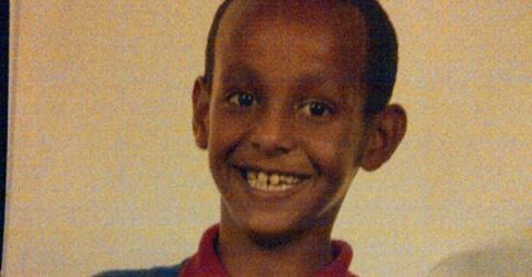 Have you seen Mubarik Elmi? The 11 year old is missing from #Cardiff http://t.co/h2uNJjkI4u http://t.co/XRCI3RR7Bk