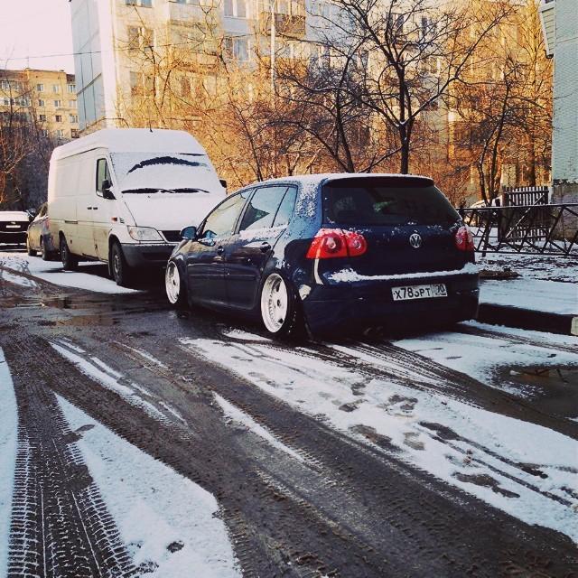 фотографии автомобилей на улице