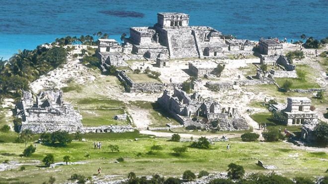 Tulum importante porto dei Maya sui Caraibi del Messico