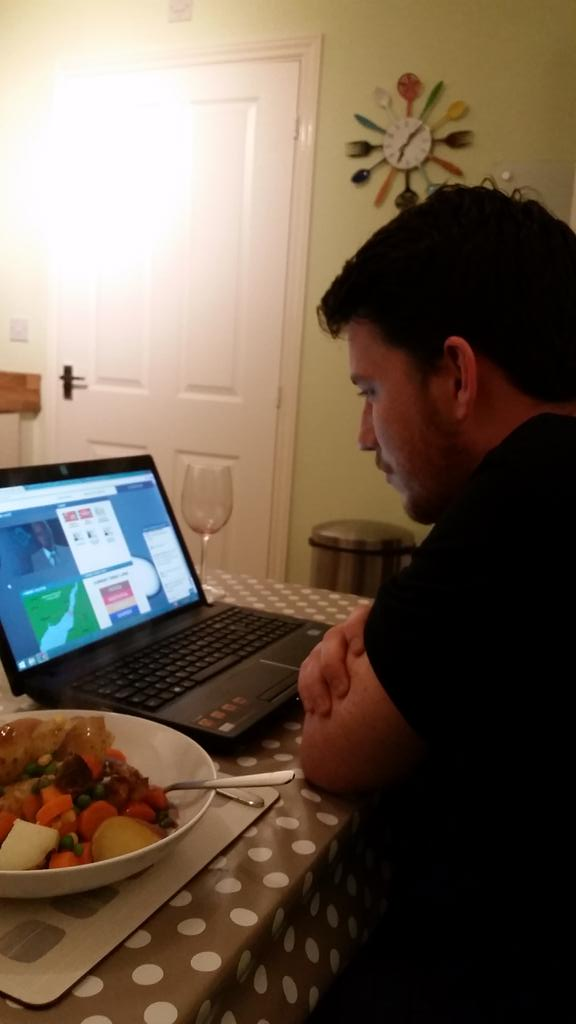 @DWWeeks on border control at comfort of home (wine and pie). We are watching you! #ntwbordergame http://t.co/rxPFdqttgD