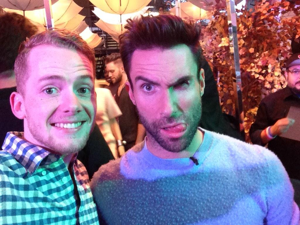 Kicking it with this fool at the #VoiceTailgate! Getting hyped for the show! @adamlevine @NBCTheVoice #VoiceTailgate http://t.co/fOcCIZRPFT