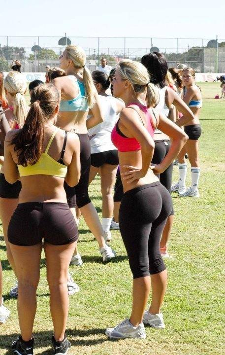 White Girls Have Ass