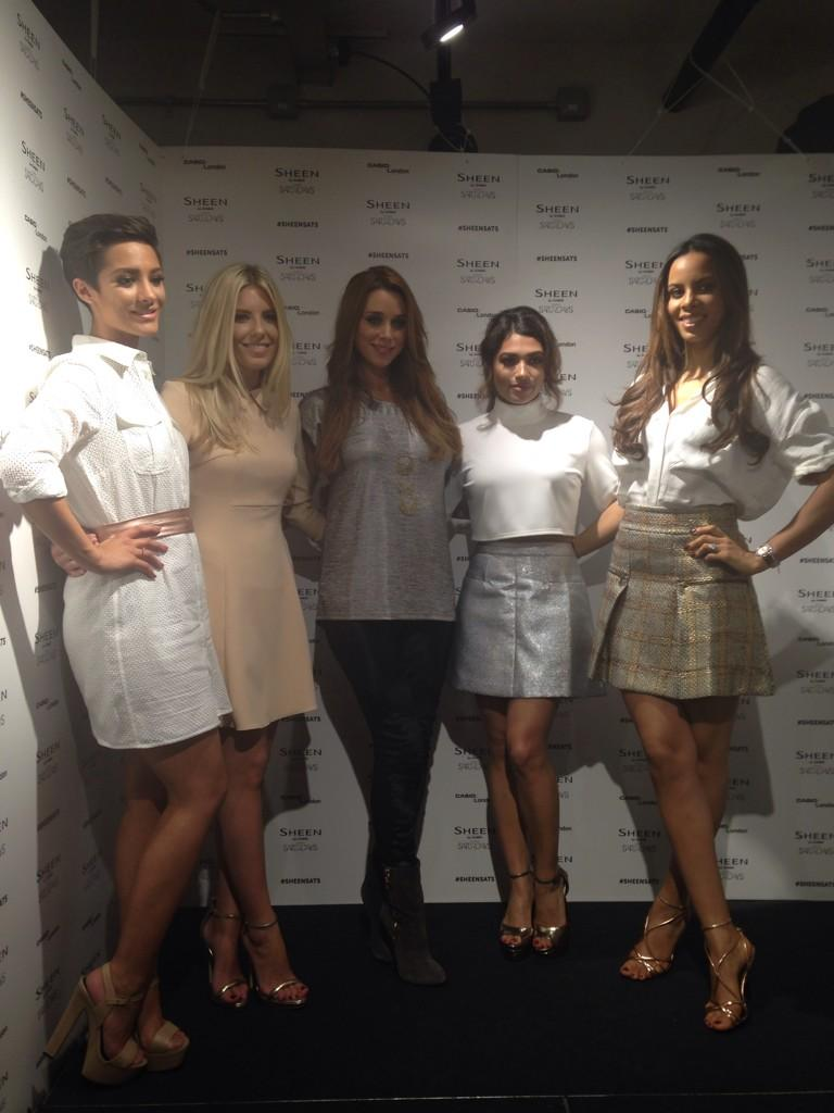Galeria: Todas las fotos de The Saturdays [II] - Página 2 B2MC3-aIEAAVYNO