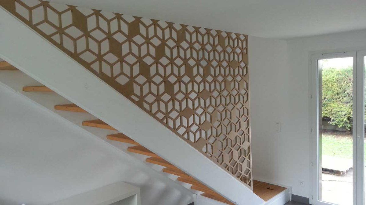 allureetbois on twitter claustras moucharabiehs en garde corps avec un nouveau motif de cube. Black Bedroom Furniture Sets. Home Design Ideas