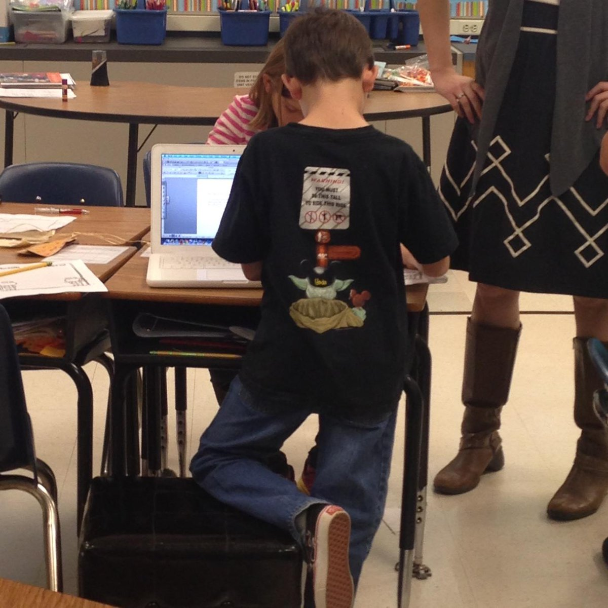 The human body / child or adult/ isn't made 2 sit still - standing as choice can sustain attention #acps http://t.co/aoaX0BSdvc