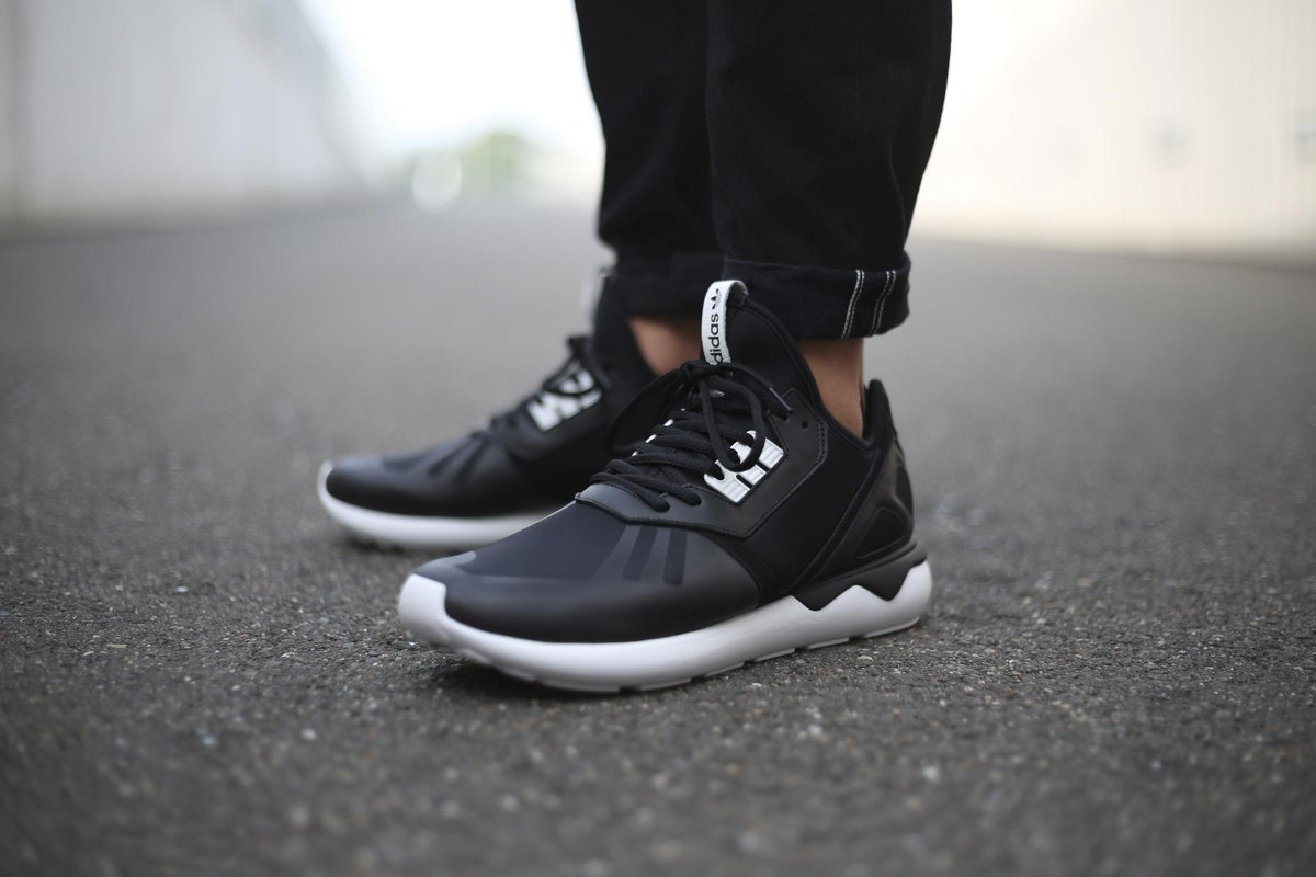 """"""" FinishLine   adidas  Tubular. Coming 11 21. pic.twitter.com GVu0wOczXL"""" -  fake icy ! 2430c943a363"""