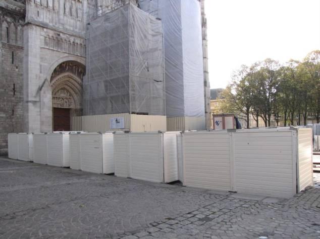 #Rouen : chic la nouvelle #zad urbaine au pied de la cathédrale ? #ohwait http://t.co/BIVAw9BTFy (v @paris_normandie) http://t.co/Su27O7Vq5z