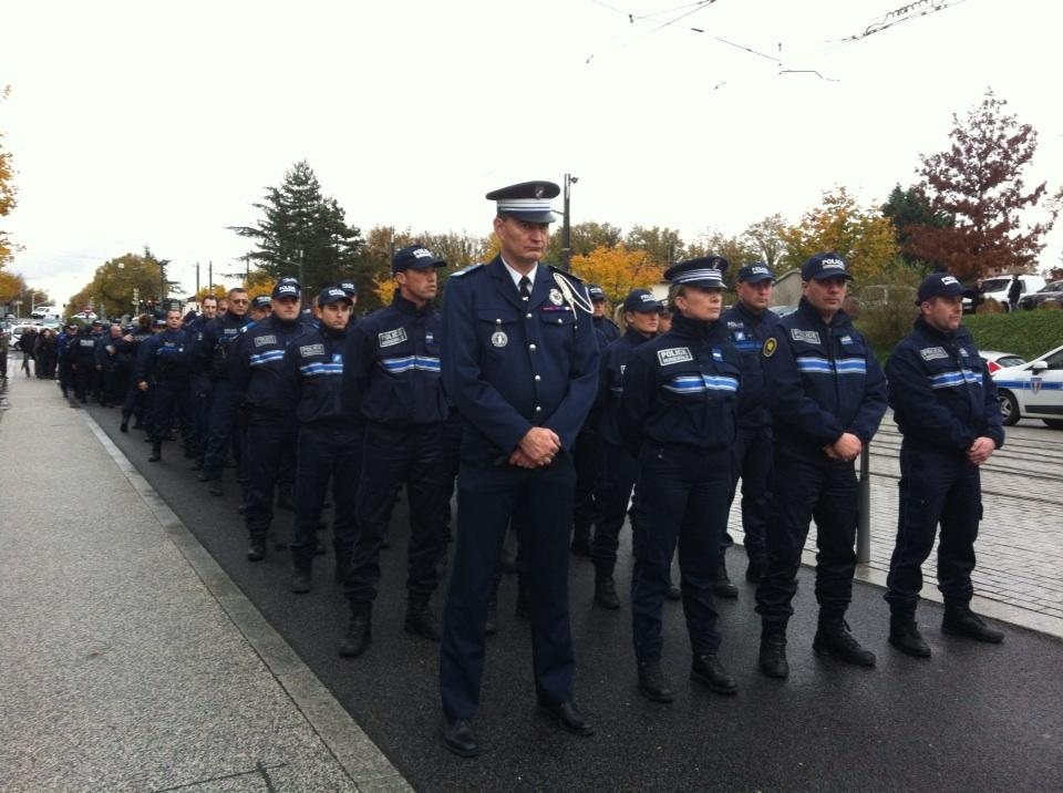 Hommage a yassine syndicat cftc police municipale - Grilles indiciaires police municipale ...