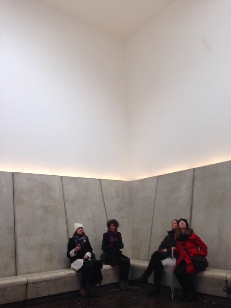 A moment of reflection in James Turrell's  Skyspace @YSPsculpture #engageconf14 http://t.co/plysq38AJF