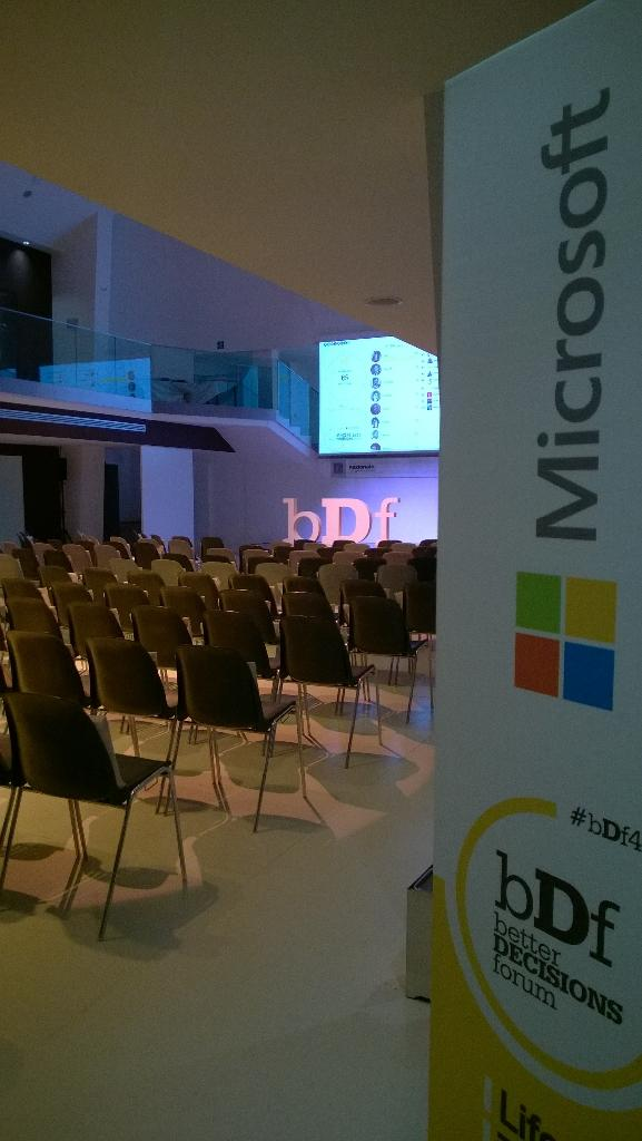 Ready for #bDf4Data http://t.co/VQtoQv7Z0W