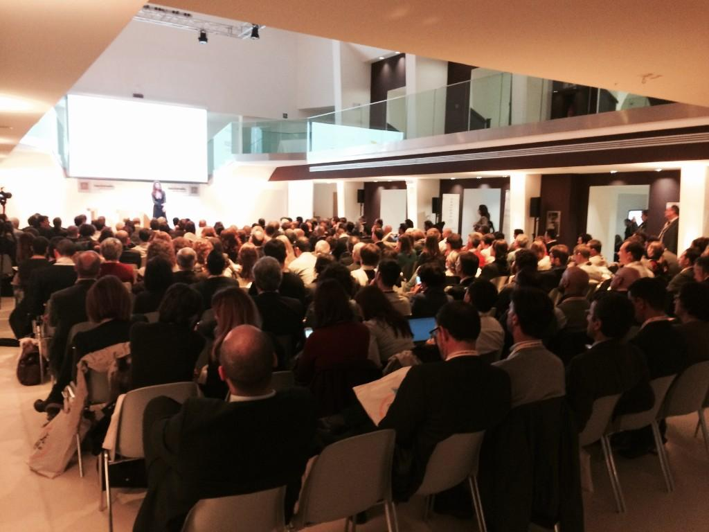 A full room for #bDf4data great start!! http://t.co/vJF4l9h9qj