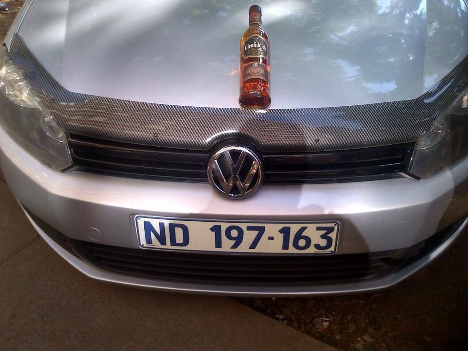 @SAPoliceService @PigSpotter this car has been hijacked in PTA, driver is still inside the vehicle.PLS RT ---> http://t.co/FiWEzZ5szT