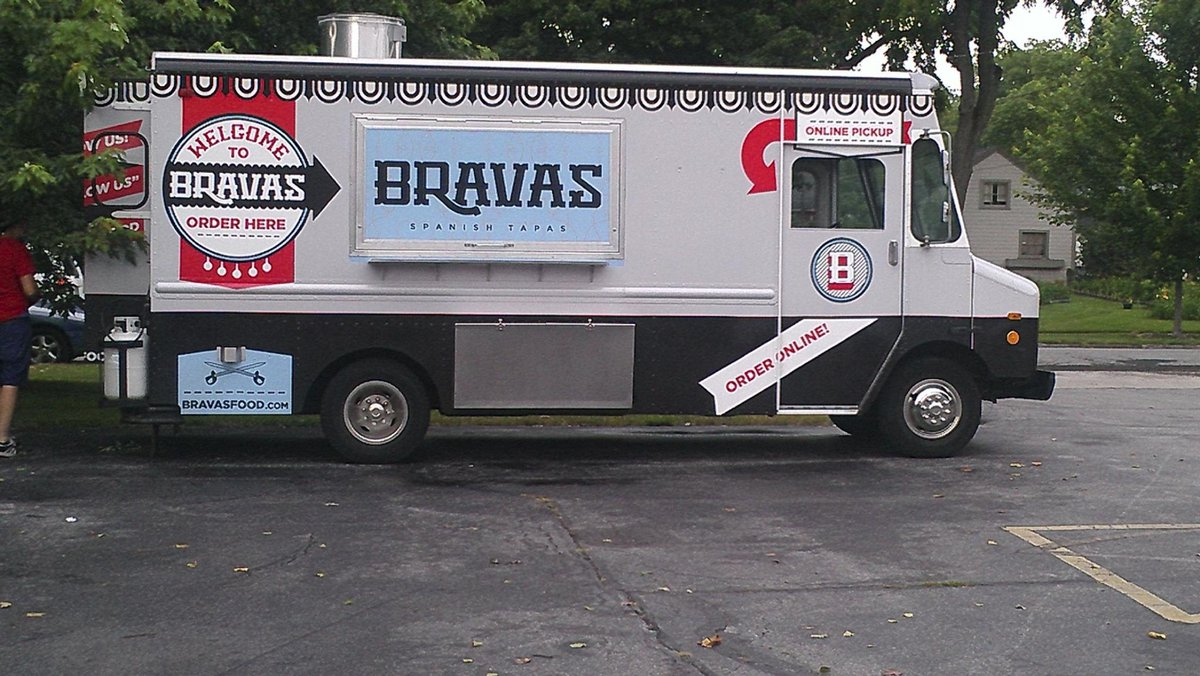 Food truck junkies: @Bravasfood is opening a burger joint by @WunderkammerCo! http://t.co/imdzSvvWKa #FortWayne http://t.co/zpcUkLMT5L