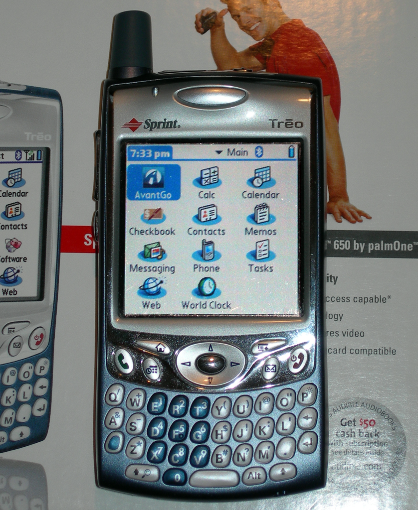 When Rosetta and Philae launched, this was a top-of-the-line smartphone: http://t.co/v6UT7Xwm5k