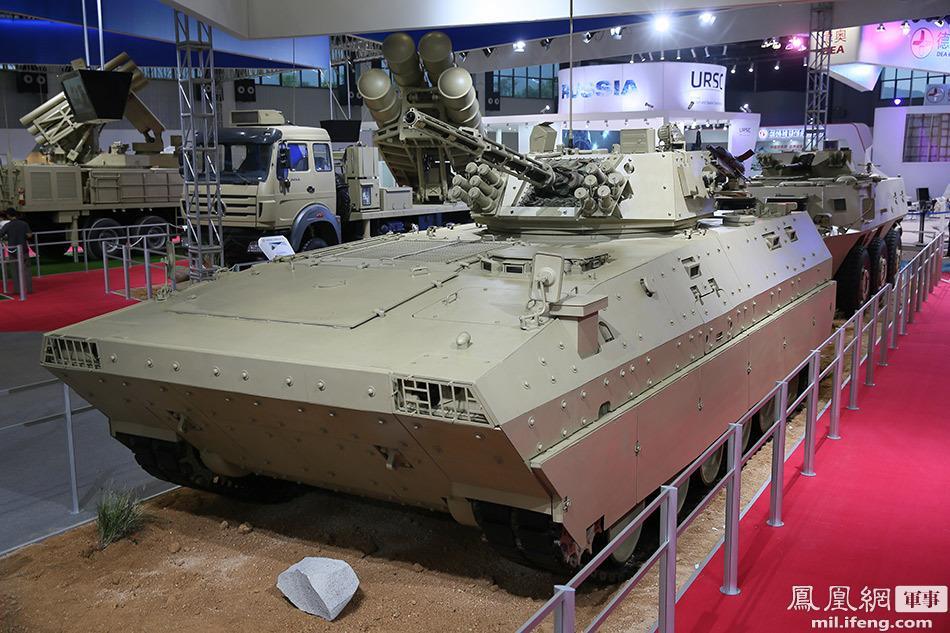 المدرعة الصينية ZBD-97 B2QdplqCEAARSJQ