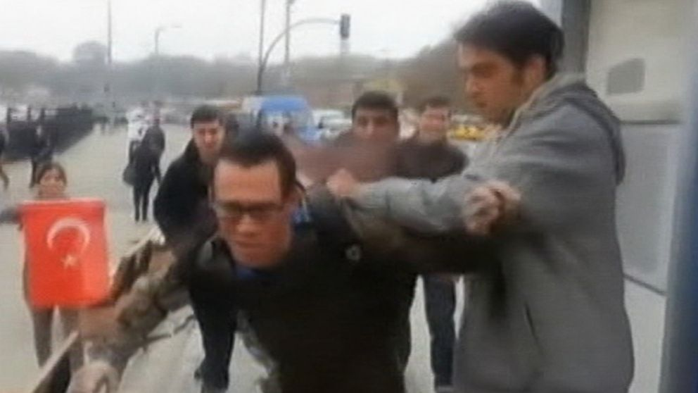 3 U.S. Navy sailors attacked by Muslims in Turkey VIDEO