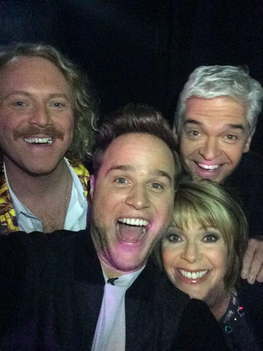 Great night on @CelebJuice with @lemontwittor @Schofe @ollyofficial @Ginofantastico & @fearnecotton On tomorrow x x http://t.co/jKYgEGYujL