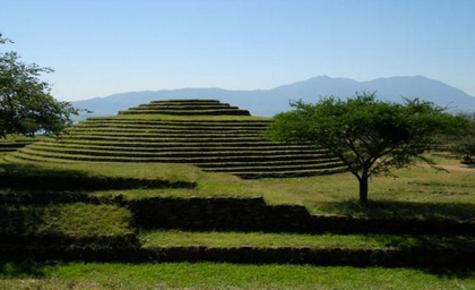 Pirámide circular en Santa Cruz Bolivia