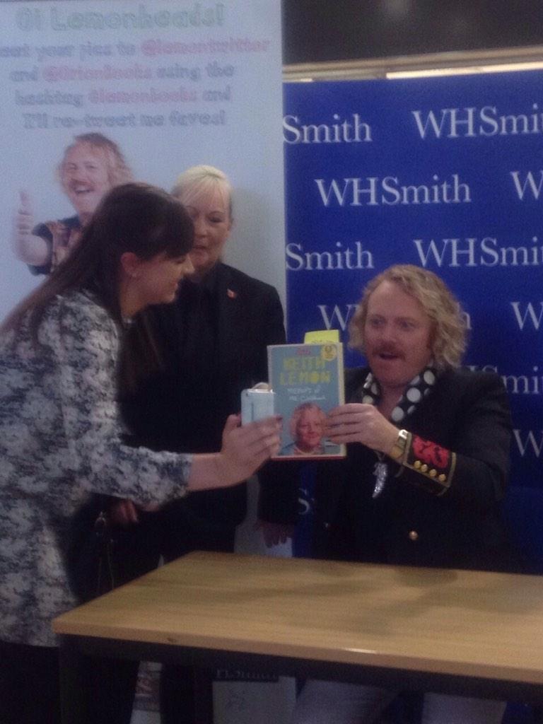 RT @sarahlxxx: @lemontwittor http://t.co/gslrcF01Nt