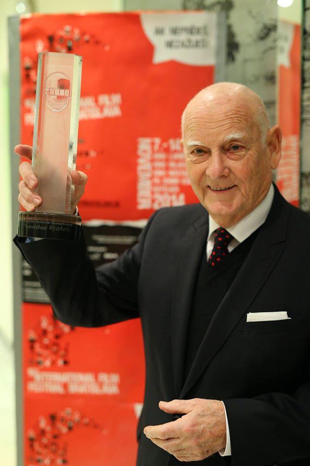 Costume designer Theodor Pištěk received the Award for Artistic Excellence in World Cinema. #bratislavaiff2014 http://t.co/JlVYDrdwZO