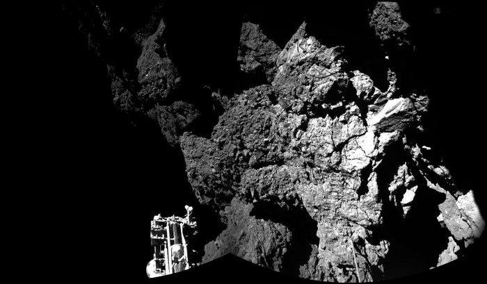 [Sujet unique] 2014: Philae: le robot de la sonde Rosetta sur la comète Tchourioumov-Guérassimenko - Page 5 B2UFDj5IAAEWTLx