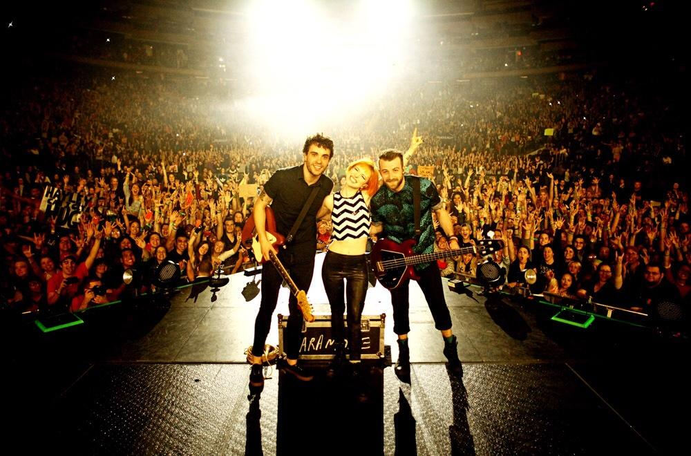 #tbt One year ago today I photographed some great friends in a rad band playing Madison Square Garden. @Paramore http://t.co/4pyAhxEtc6