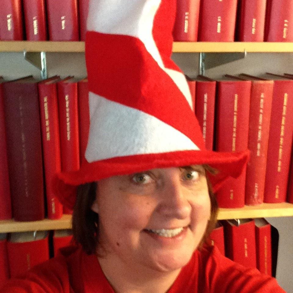 Do you like my hat? Showing my work spirit #YUSpirit http://t.co/QsY4R5fnJM