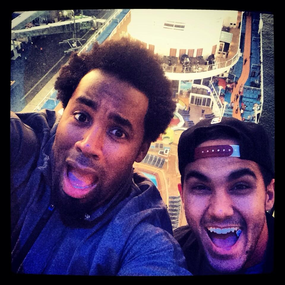 Its amazing with @TheCarlosPena @RoyalCaribbean #selfieatsea #NorthStar #QuantumoftheSeas http://t.co/IQNuTsirYv