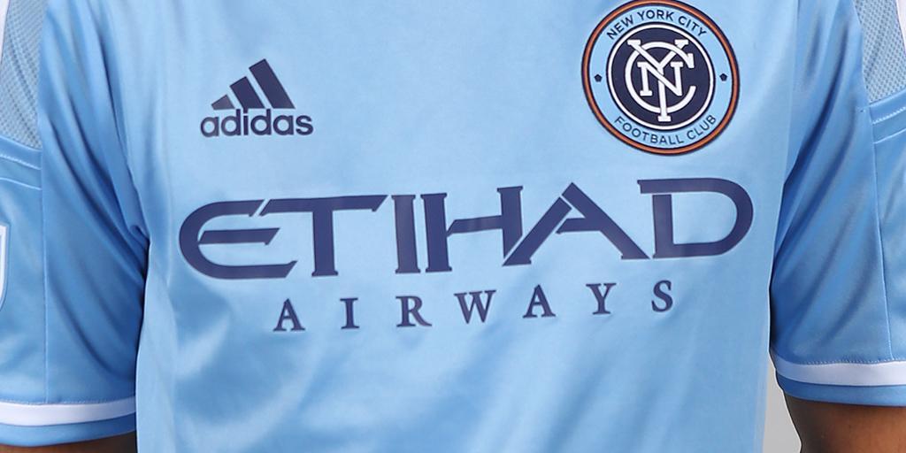 Fanáticos del New York City se quejan que la camiseta es igual a la del Manchester City