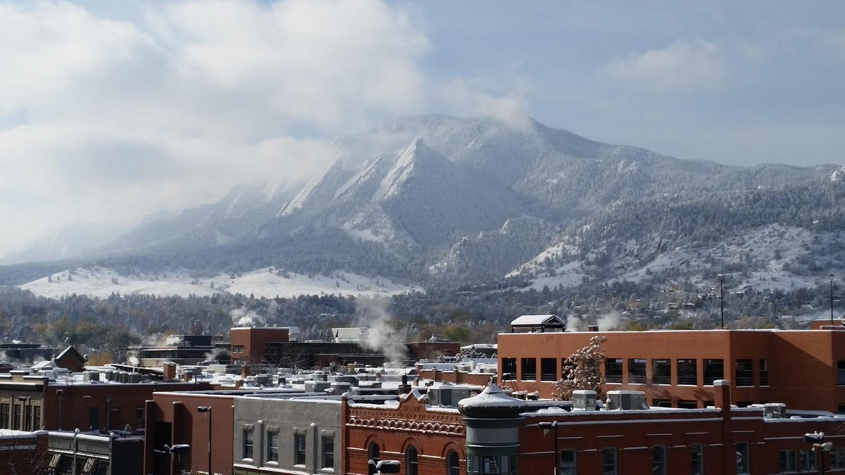 Loving the view from our downtown #Boulder office this morning! Frosty but beautiful on the Front Range today. http://t.co/zkQfABjJzS