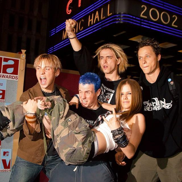 Avril Lavigne On Twitter Radio City Music Hall In The Back Have You Ever Been To Tbt And Guys At 2002 MTV VMA