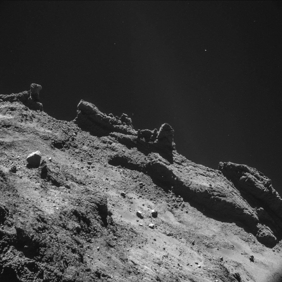 Catching up on Rosetta - all the  images at http://t.co/0ZKApwqhZO are amazing but this one is just boggling http://t.co/fYM6x4YVL5