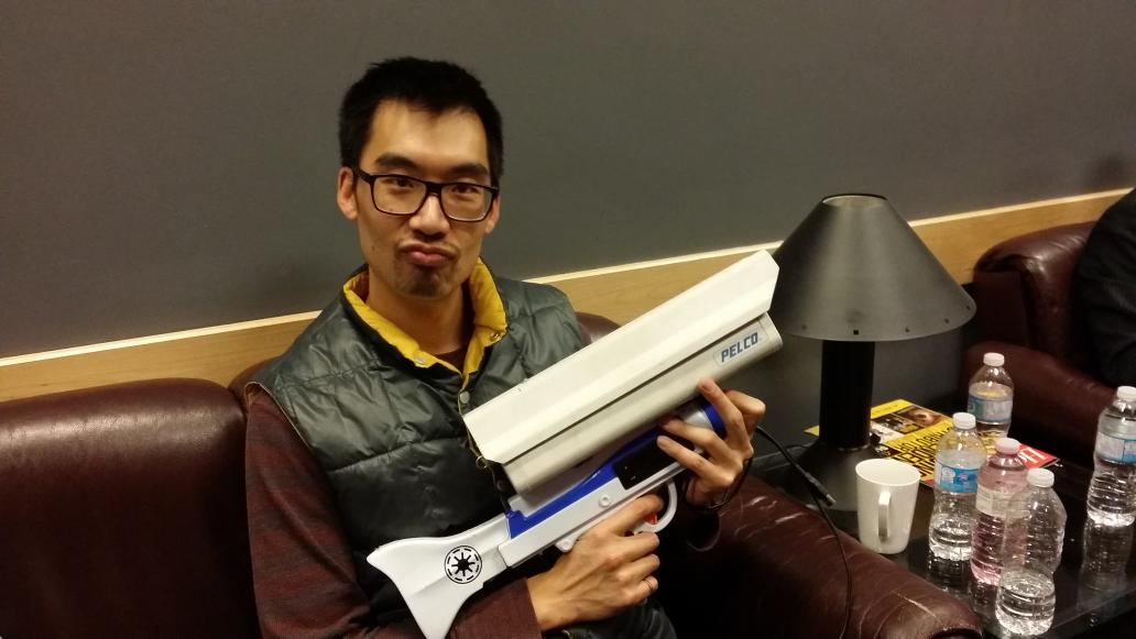 Founder of @the_meu_led Robert Tu looking badass with @Hydraulist's surveillance gun #fitcwearables http://t.co/55YQ33iQUJ