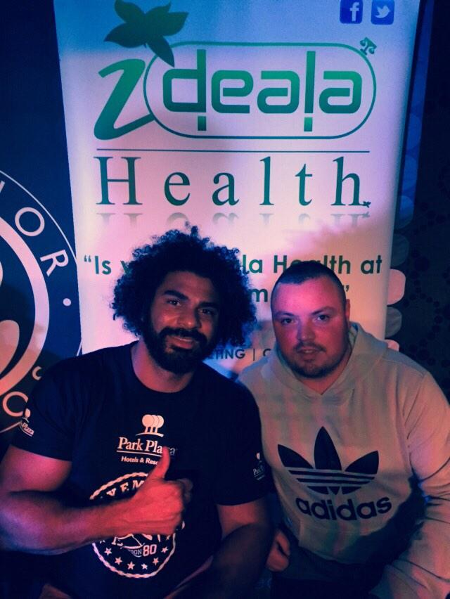 RT @Mansy2009: Cheers @mrdavidhaye for the pic top bloke and a good laugh and a special thanks to @stevewraith #TopBloke #Haymaker http://t…