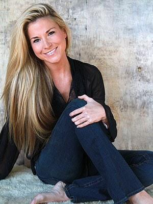 "Diem Brown was a beautiful soul and loved life to the fullest! May you rest in piece ""Diieeem"" we will miss you http://t.co/2o3ahDAZV1"