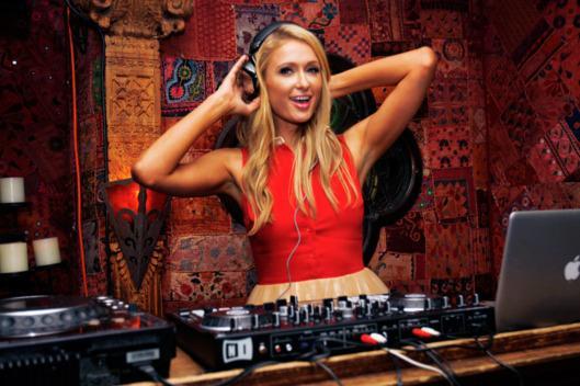 Paris Hilton Foto DJ