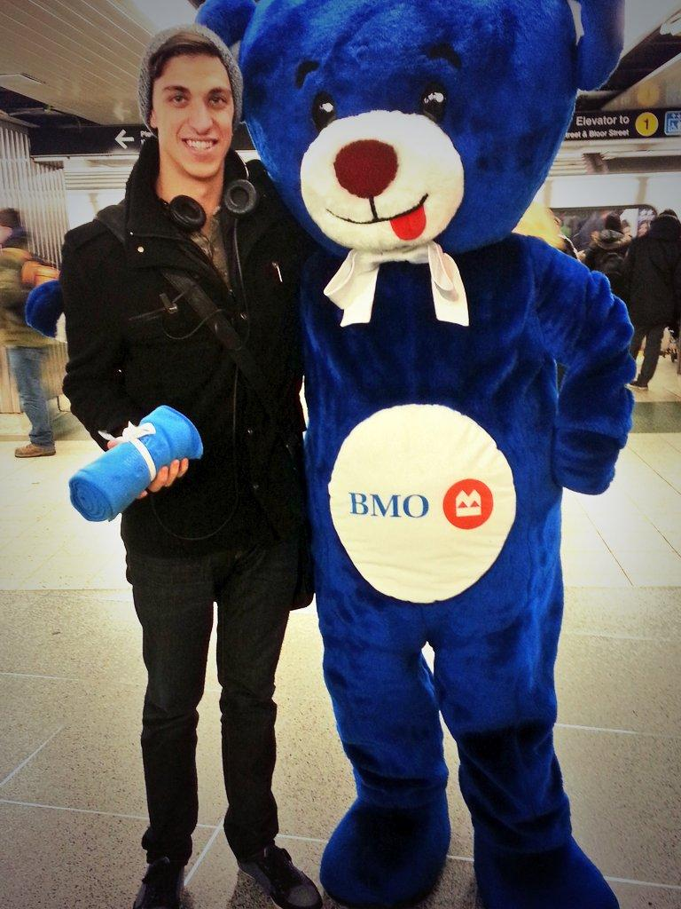 Blake Keidan on Twitter  On this cold day @BMO is #HereToHelp You won me over with warmth! #NotReadyForWinter //t.co/q9WatXLQXx   sc 1 st  Twitter & Blake Keidan on Twitter: