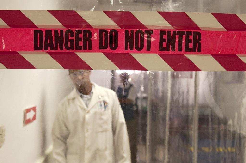 Sending whole #us town into #ebola-like virus panic? #reddit
