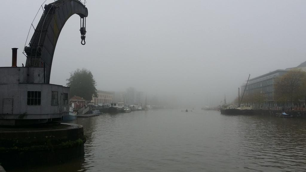 Rowing into the mist #Bristol #waterfront x http://t.co/GBtiOx6otD