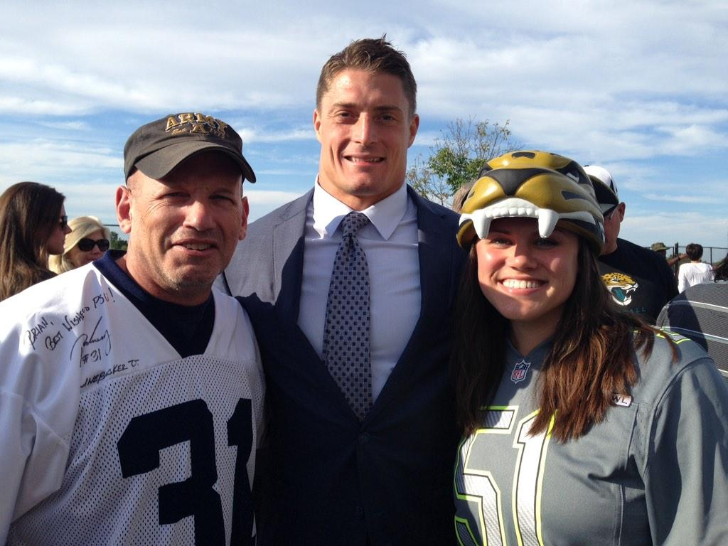 Colonel Brian Prosser (retired) and Paul Posluszny #PSUMilitary http://t.co/jvsVBi8PYG