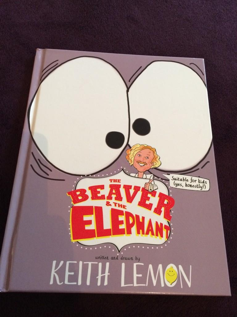 RT @corjak: Can't wait to see my sons face Xmas morning, love this book, Keith lemon you are awesome @lemontwittor http://t.co/f37uyOJRjg