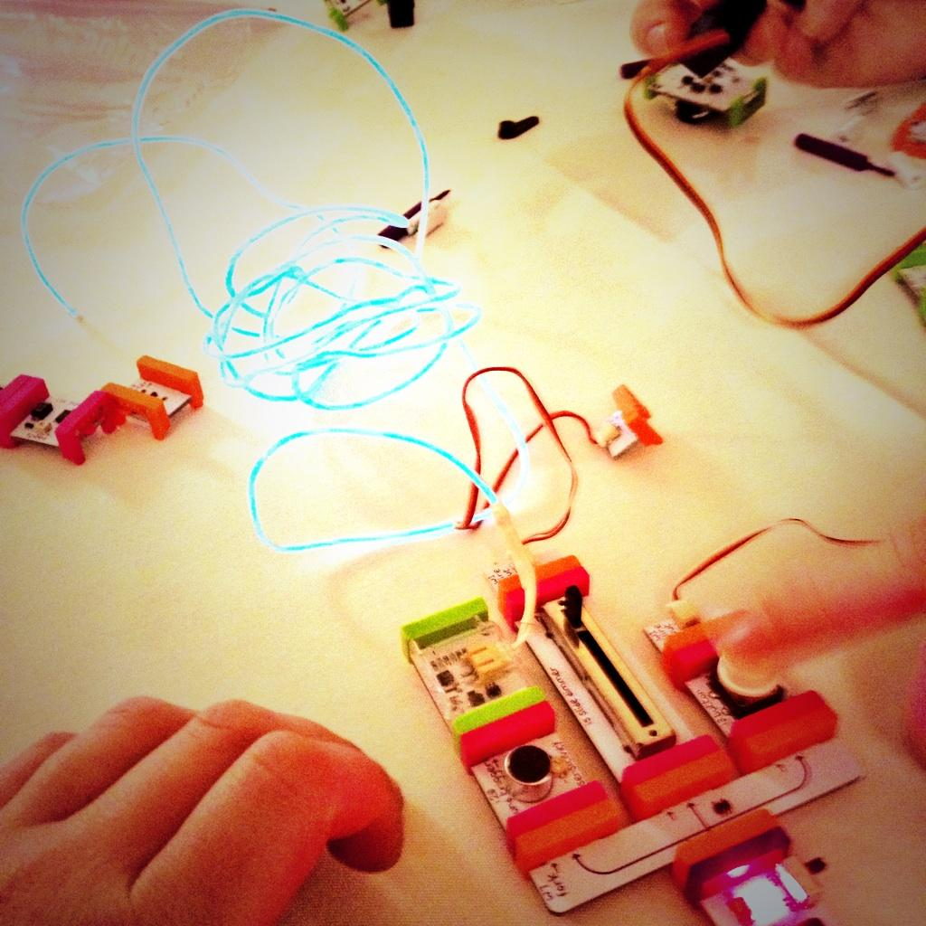 .@littleBits are intuitive, engaging and challenging. #STAO2014 #yorklearns http://t.co/FpaAMJ9g0R