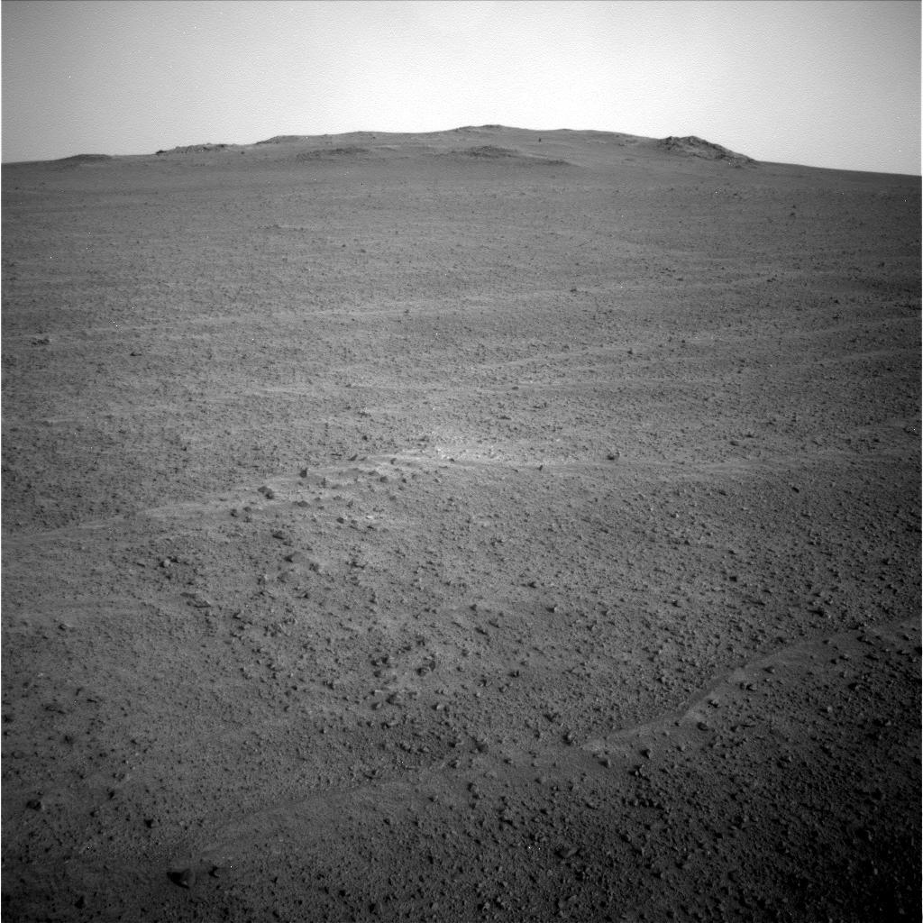 Opportunity et l'exploration du cratère Endeavour - Page 7 B2gswNPIEAAMey7