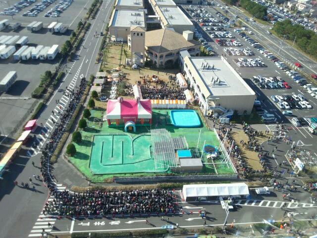 [画像]大洗あんこう祭りの行列を御覧ください